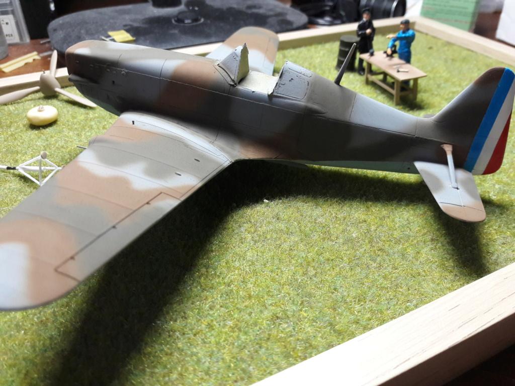 Morane-saulnier Ms406 AZ-model 1/48 (montage) - Page 4 Img_2788