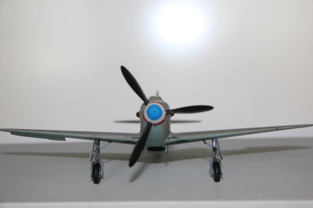 Yak neu-neu 1946 zvezda 1/48 Img_9710
