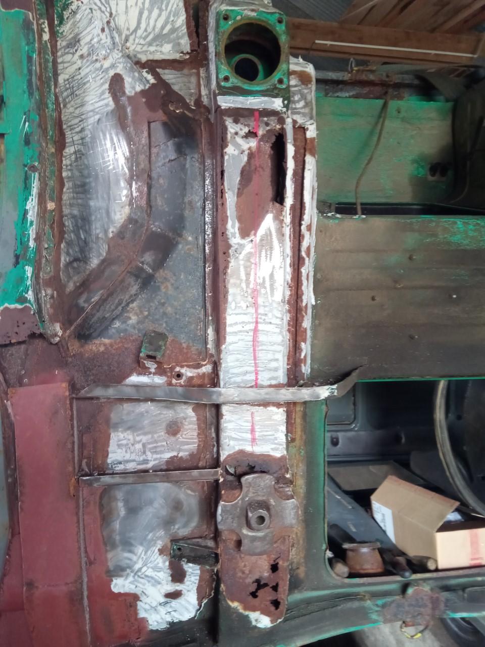 Rénovation du sous bassement de la cabine   Thumbn13