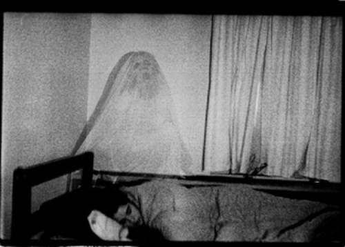 O Que São os Fantasmas? Entre_11