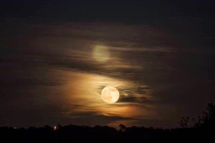 As 9 Melhores Fotos da Super Lua Cheia Entre_87