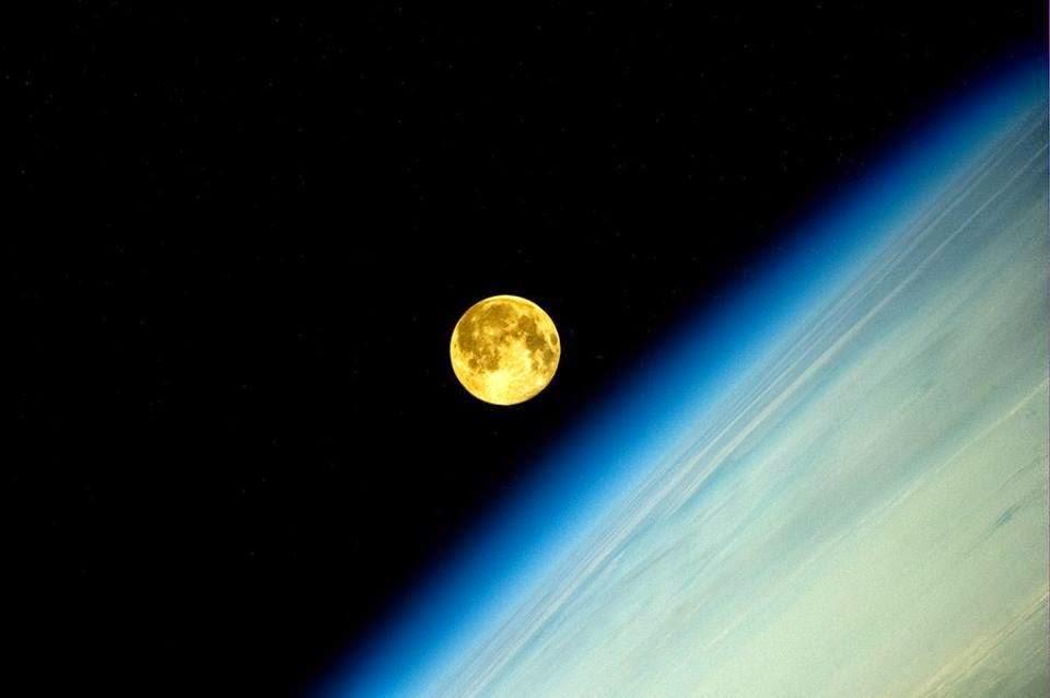 As 9 Melhores Fotos da Super Lua Cheia Entre_94