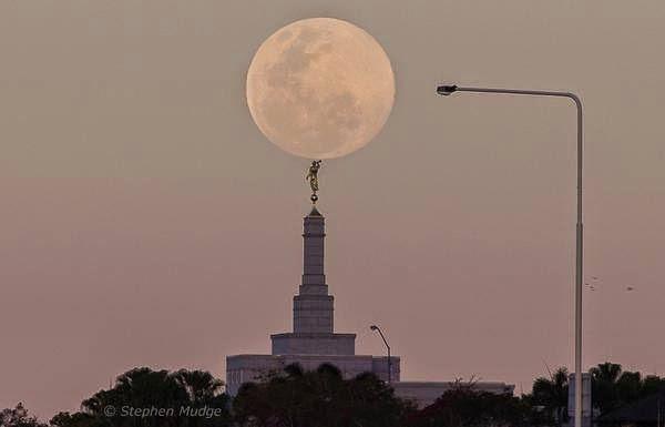 As 9 Melhores Fotos da Super Lua Cheia Entre_95
