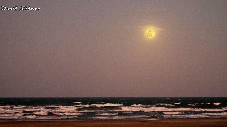 As 9 Melhores Fotos da Super Lua Cheia Entre_97