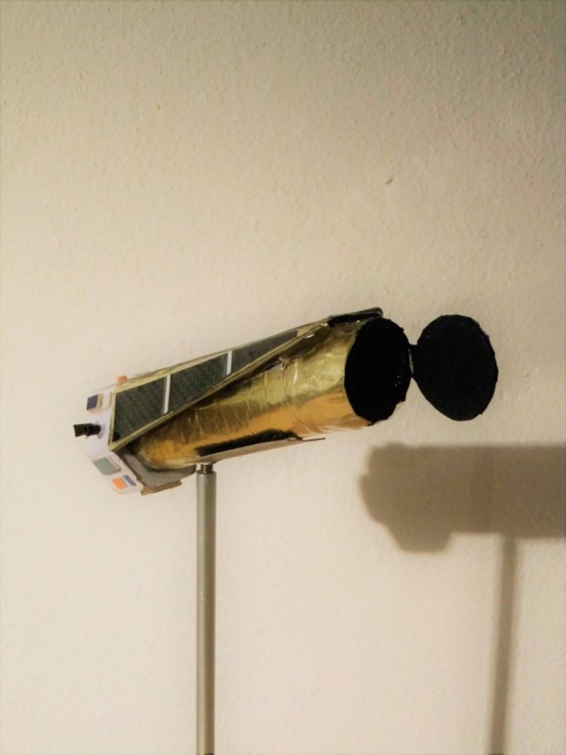 Weltraumteleskop Kepler  einzelstück geb. von modellbauer Dsci3038