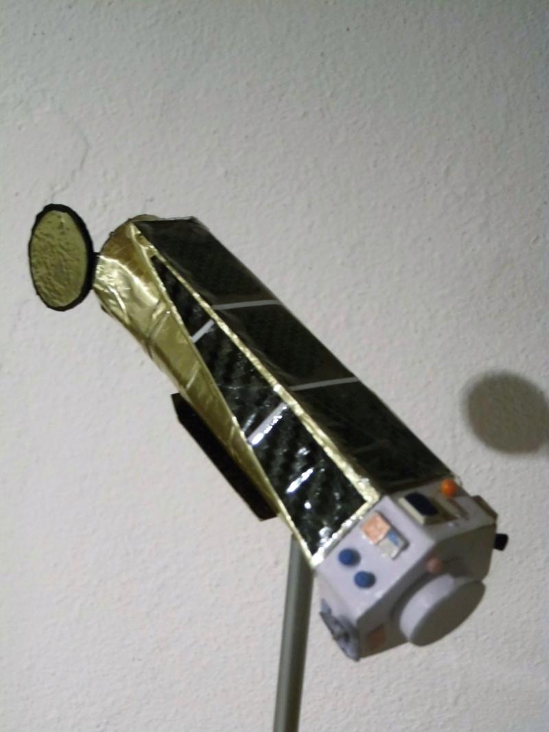 Weltraumteleskop Kepler  einzelstück geb. von modellbauer Dsci3039