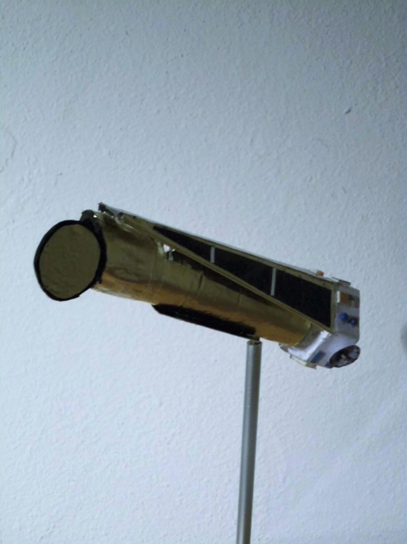 Weltraumteleskop Kepler  einzelstück geb. von modellbauer Dsci3041