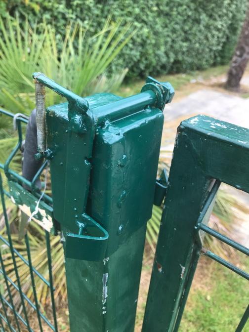 Verrou rapide pour portail de jardin pivotant. Pivota14