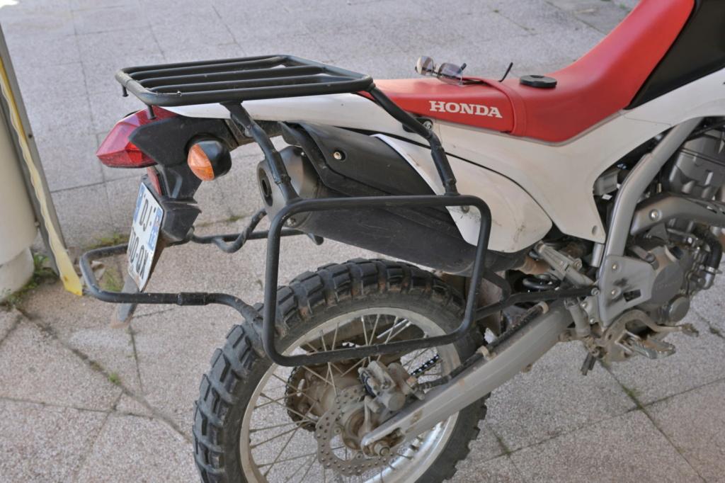 Honda Crf250l : porte-bagages et bagages   - Page 2 Dsc_7410