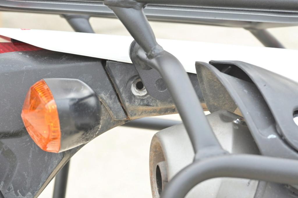Honda Crf250l : porte-bagages et bagages   - Page 2 Photo010