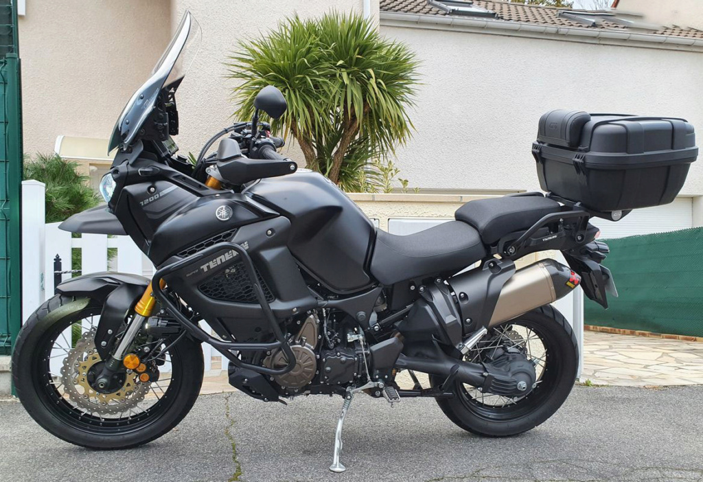 Mon XT 1200 ZE Supert12