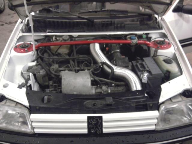 [renaud] 205 GTI 1.9 - blanche-1986-circuit - Page 2 Photo025