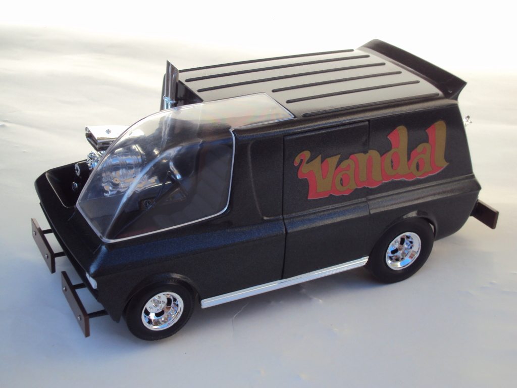 Vandal custom van by Tom Daniel Dsc05214