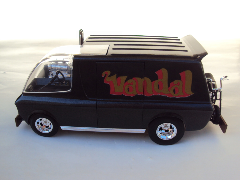 Vandal custom van by Tom Daniel Dsc05215