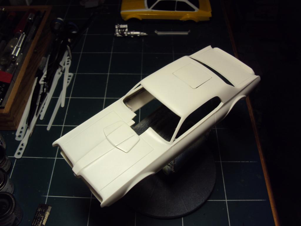 Mercury Cougar 68 funny car - Terminée !!! - Page 4 Dsc05356
