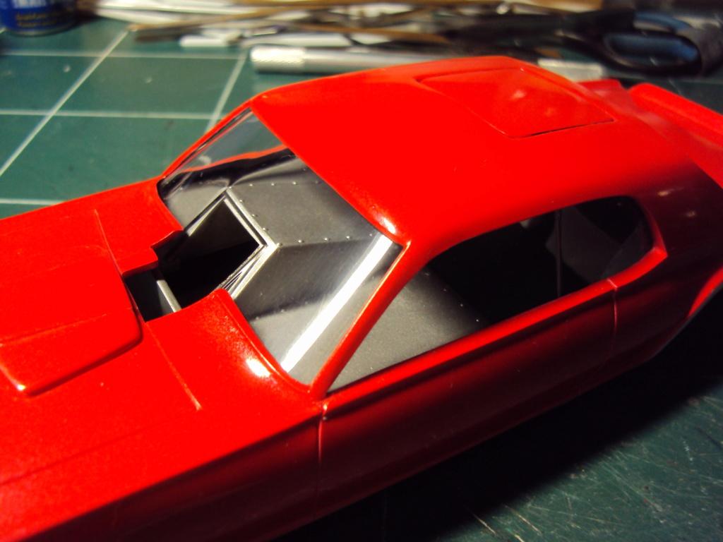 Mercury Cougar 68 funny car - Terminée !!! - Page 8 Dsc05437