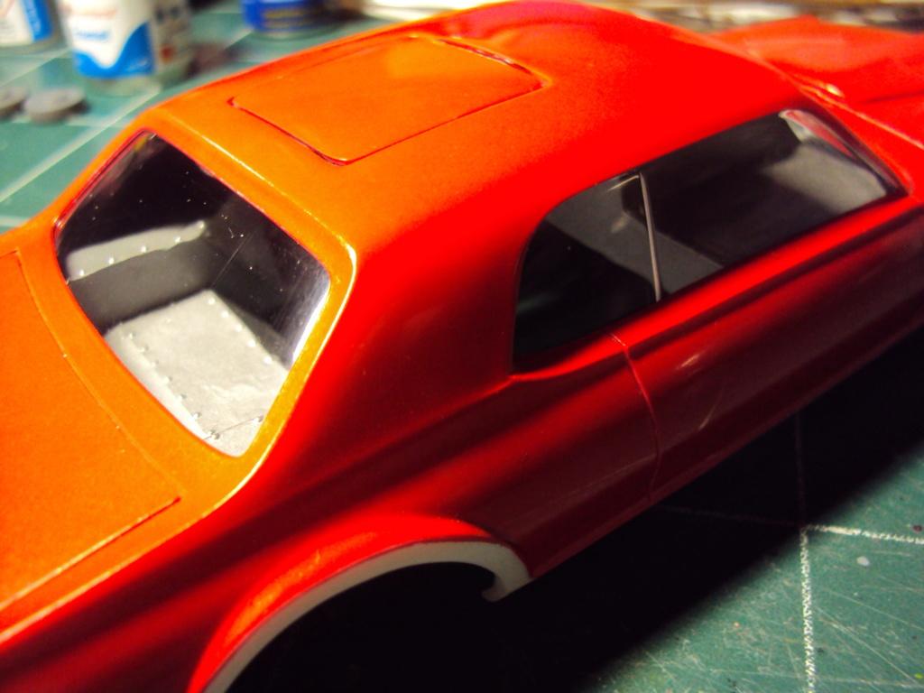 Mercury Cougar 68 funny car - Terminée !!! - Page 8 Dsc05438