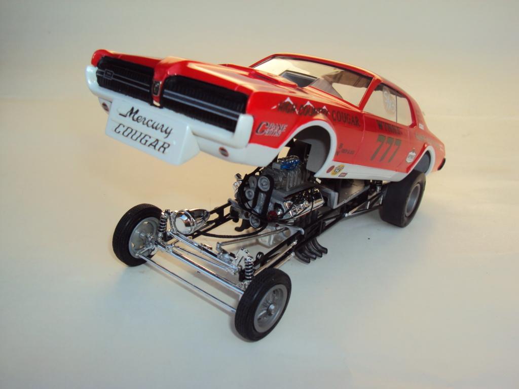 Mercury Cougar 68 funny car - Terminée !!! - Page 8 Dsc05452