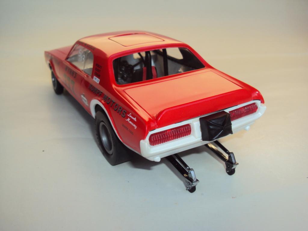 Mercury Cougar 68 funny car - Terminée !!! - Page 8 Dsc05511