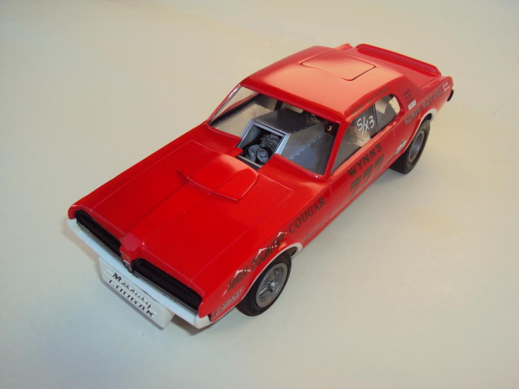 Mercury Cougar 68 funny car - Terminée !!! - Page 8 Dsc05513