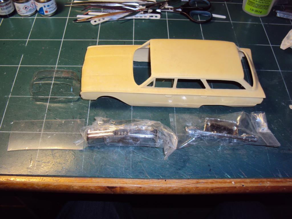 Ford 1960 wagon Country Sedan (réa N°2) Dsc05516