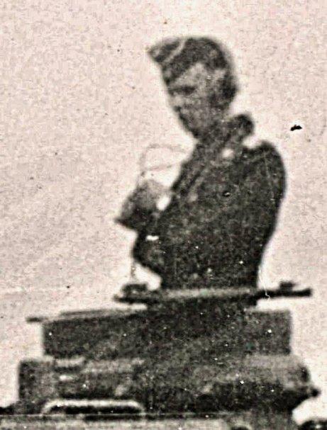25e RTS : Chasselay 19/20 juin 1940 - Page 4 Pzrgt826