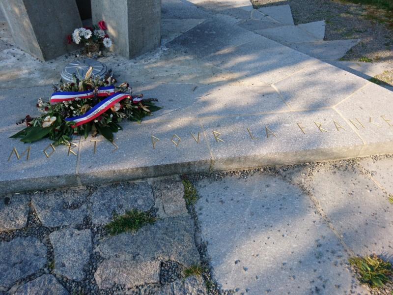 Le monument des démineurs du ballon d'alsace Dsc_0345