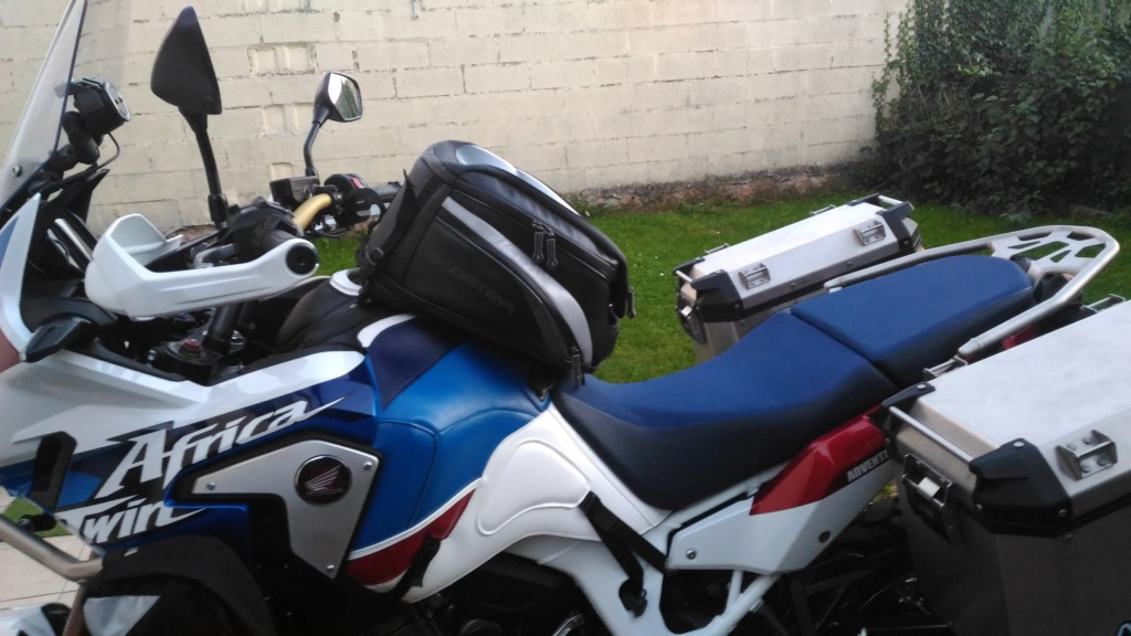 tapis bagster africatwin adventure - Page 2 P_201834