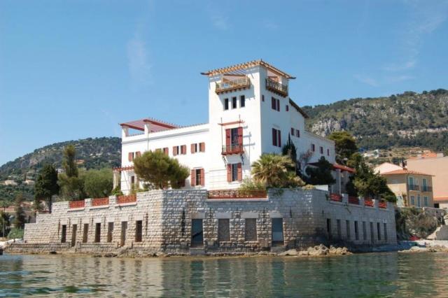 La villa Kerylos 37876110