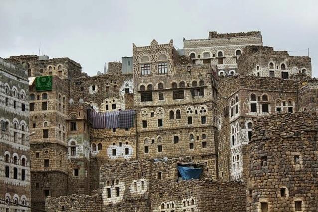 AL HAJJARA, le village  des nuages (Yémen) Al_haj10