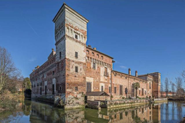 LE CHATEAU DE PADERNELLO (Italie) Castel10