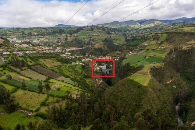 LA CATHEDRALE DE LAS LAJAS (Colombie) Enviro10