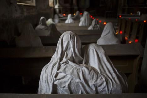 L'église Saint-Georges de Lukova Ghost-10
