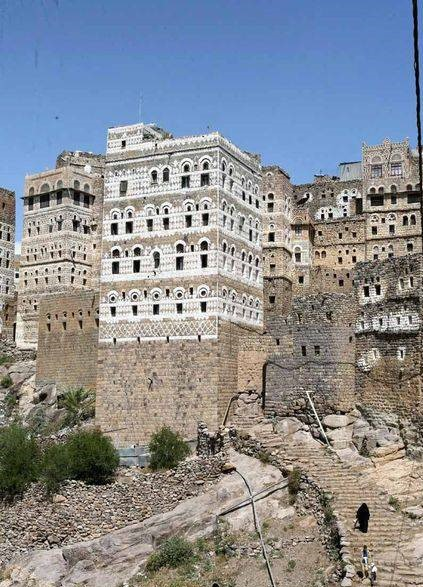 AL HAJJARA, le village  des nuages (Yémen) Hajjar11
