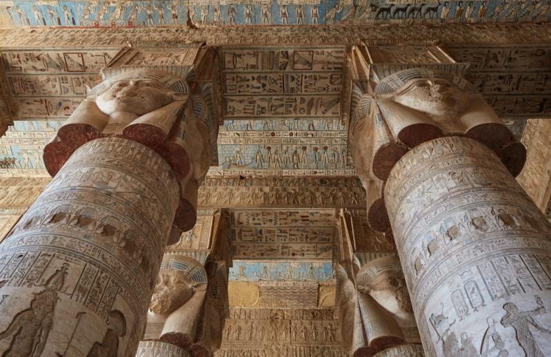 LE SANCTUAIRE D'HATHOR (Egypte) Temple20