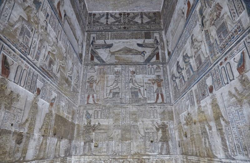 LE SANCTUAIRE D'HATHOR (Egypte) Temple21