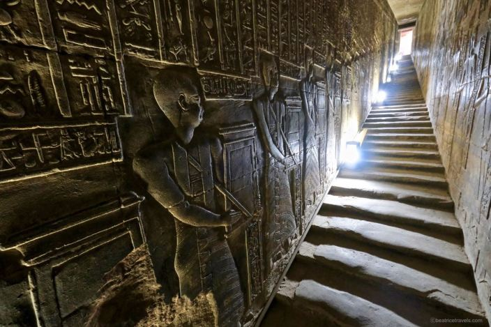 LE SANCTUAIRE D'HATHOR (Egypte) Temple22