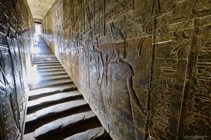 LE SANCTUAIRE D'HATHOR (Egypte) Temple23