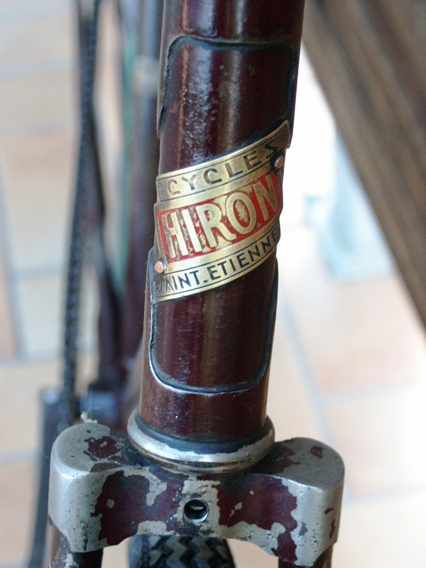 course Hiron 1937 ou 1938 sauvé d'une mort certaine Hir110