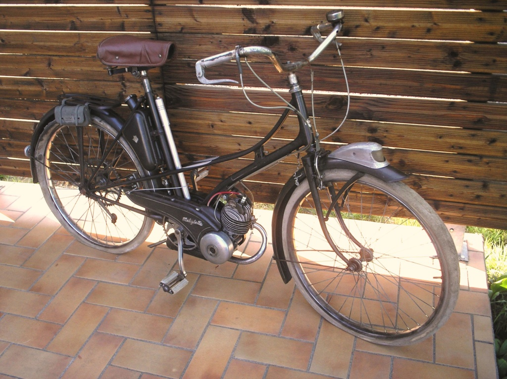 L'AV3 de 1951 du Facteur P1010033