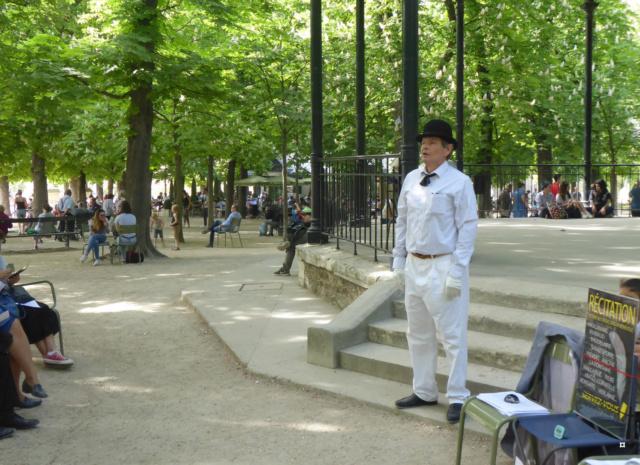Choses vues dans le jardin du Luxembourg, à Paris - Page 7 1-00516