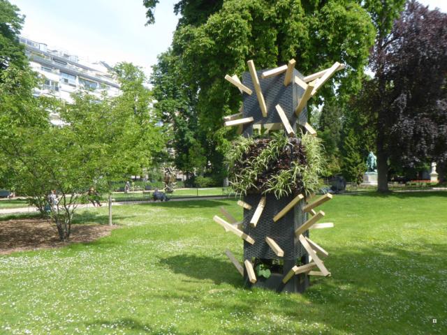 Choses vues dans le jardin du Luxembourg, à Paris - Page 7 1-01317