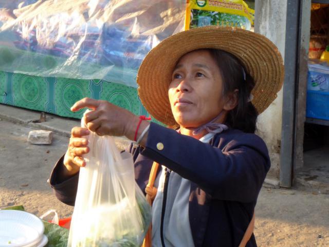 Marché de Thoet Thaï 1-03713