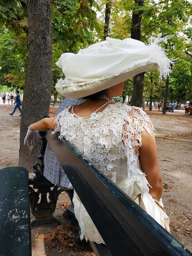 Choses vues dans le jardin du Luxembourg, à Paris - Page 7 1-thum34
