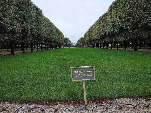Choses vues dans le jardin du Luxembourg, à Paris - Page 8 1-thum39
