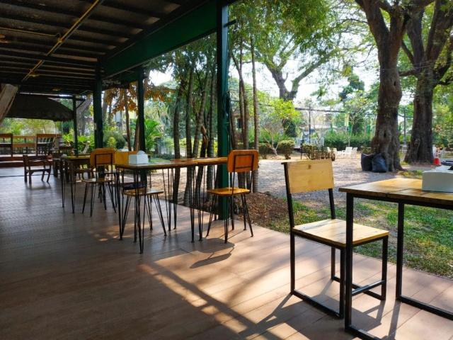Dernières nouvelles de la Thaïlande - Page 3 Cafe310