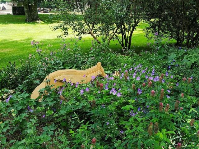 Choses vues dans le jardin du Luxembourg, à Paris - Page 9 Jardin18