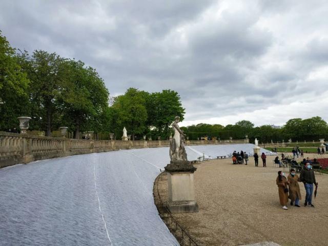 Choses vues dans le jardin du Luxembourg, à Paris - Page 9 Luxpel11