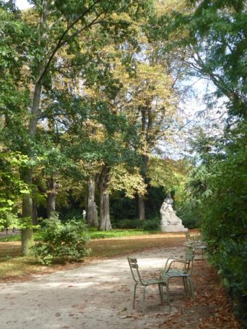 Choses vues dans le jardin du Luxembourg, à Paris - Page 8 P1050616