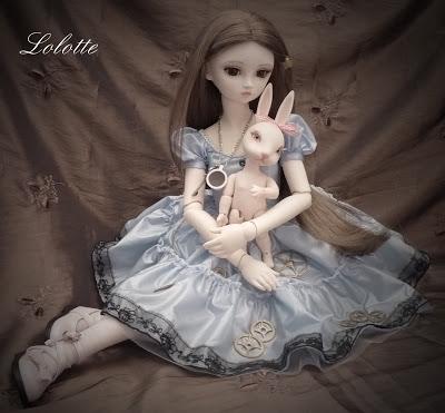 """L'univers """"Alice au pays des merveilles"""" de marrainefée et des Dollleuses. changement du titre le 20/11/18 - Page 5 P1010410"""